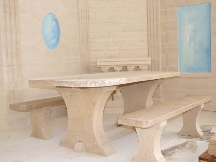 La pierre d 39 orival mobilier de jardin - Mobilier de jardin en pierre villeurbanne ...